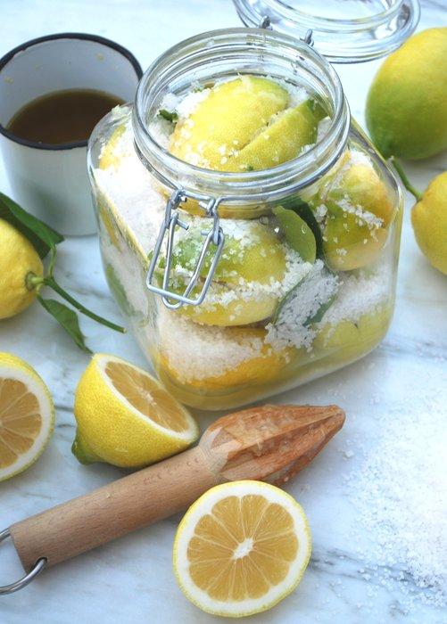 Burka solen: Andalusiska saltade citroner   Recept på Taffel