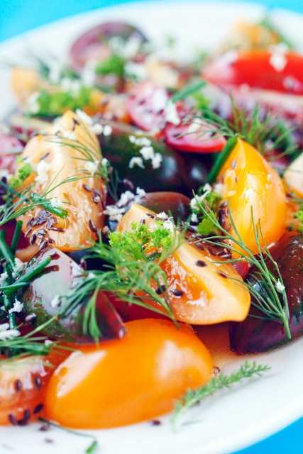 dill tomatsallad