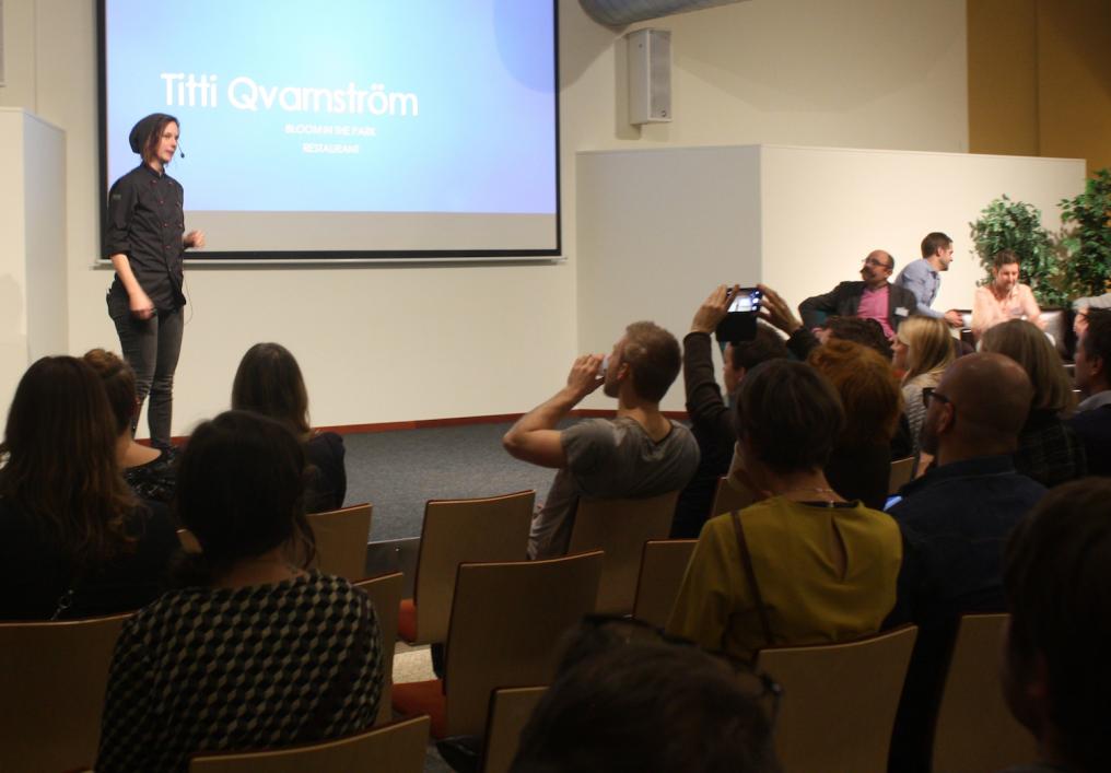 Titti Qvarnström föreläser på Hack för maten.
